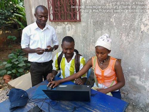Laptop dla misji w Kamerunie